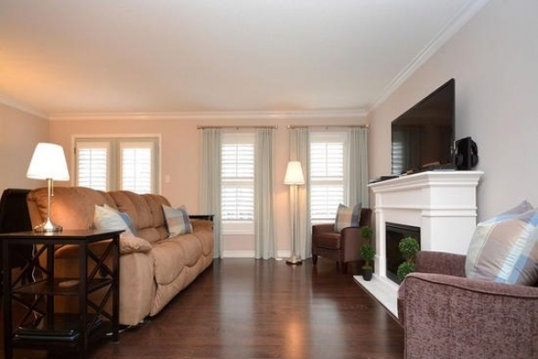 1051 Haxton Hts,Milton,L9T8G6,2 Bedrooms Bedrooms,5 Rooms Rooms,2 BathroomsBathrooms,Condo Townhouse,Haxton Hts,1006